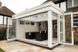 White garden room with furniture